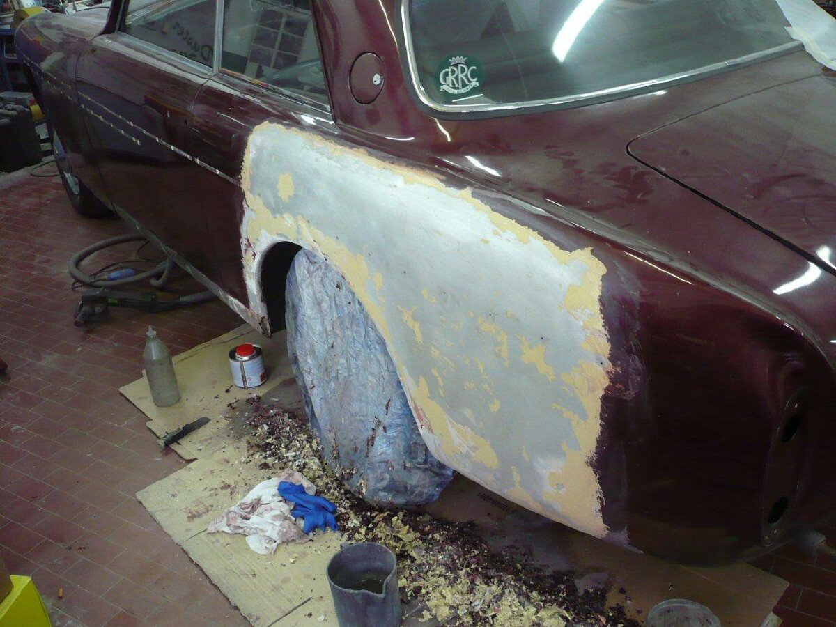 Bristol 409 stripping