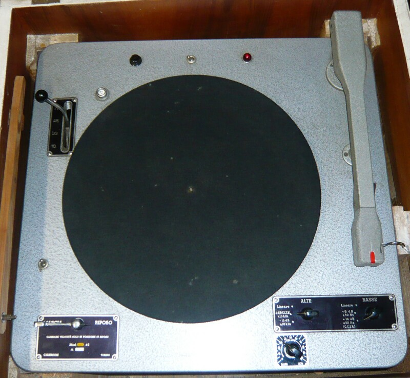 Carrson turntable- giradischi